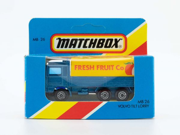 Matchbox 26 Volvo Tilt Lorry (Fresh Fruit Co) OVP