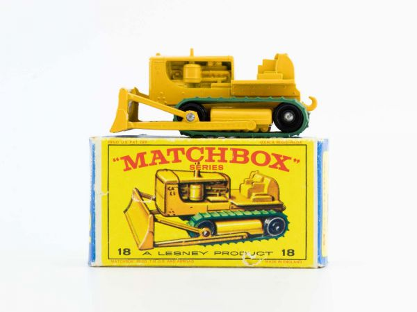 Matchbox Lesney 18 Caterpiller Bulldozer OVP