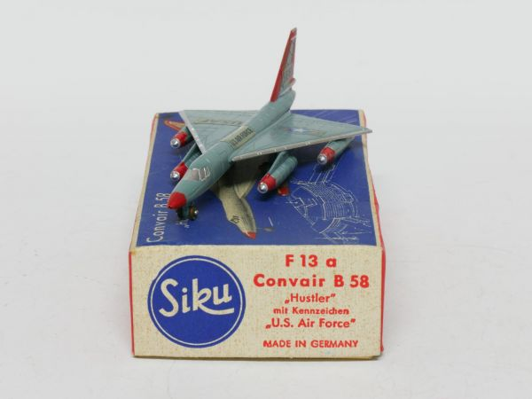 Siku F13a Flugzeug Convair B58 Hustler (U.S. Air Force) 1:250 OVP