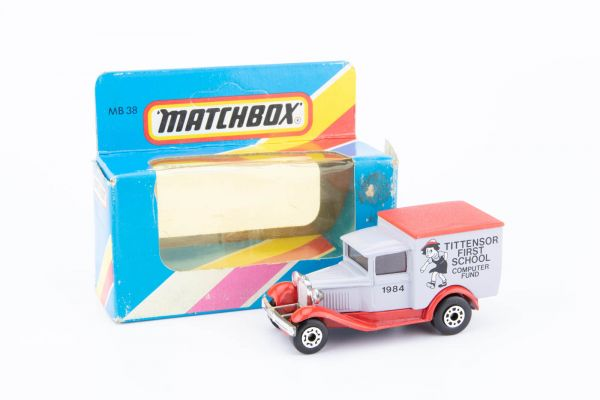 Matchbox Ford Model A (Tittensor First School 1984) OVP